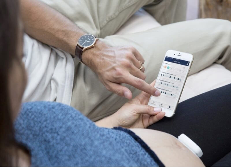 Medical wearables: wearable pregnancy tracker